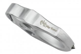 Maxknives PASKS Poing américain Skull en aluminium silver