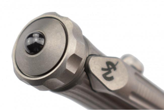 MaxKnives PEN8 Stylo tactique en titane brise vitre et Spinner