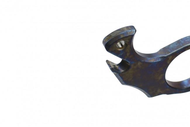 Maxknives TIKNU2+ Impact tool en Titane anodisé arc-en-ciel